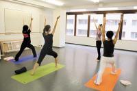 Shanti Yoga & MAssage  シャンティヨガ JR立川駅から電車で5分、豊田駅から徒歩6分のヨガ専門教室